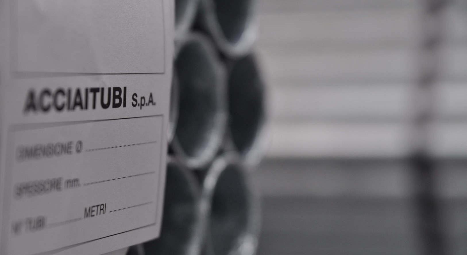 Certificación de los tubos en acero de Acciaitubi