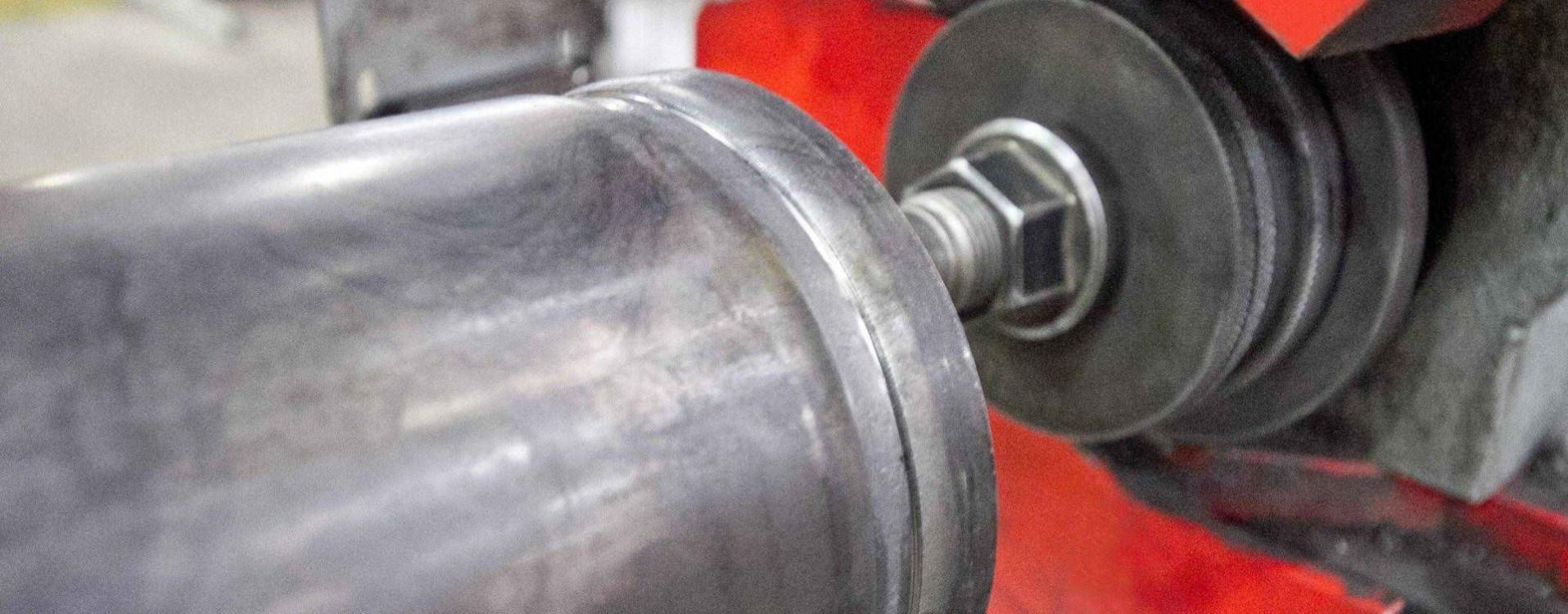 Grovatura del tubo acciaio
