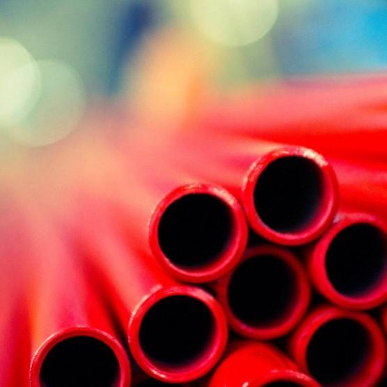 Acabados de los tubos de acero en  Acciaitubi
